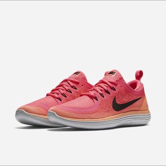 8f7370ff0193d Women s Nike Free RN Distance 2. M 5a8f9b805521be2a6a2cf418